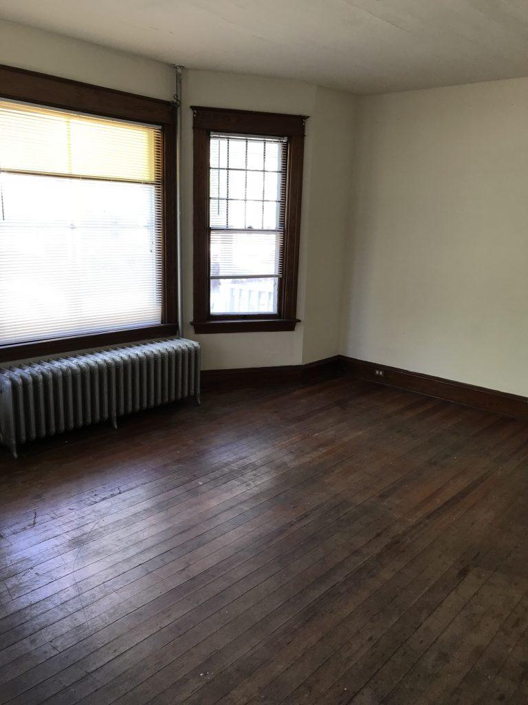 10 Converse Court Three Bedroom Unit Burlington Apartments