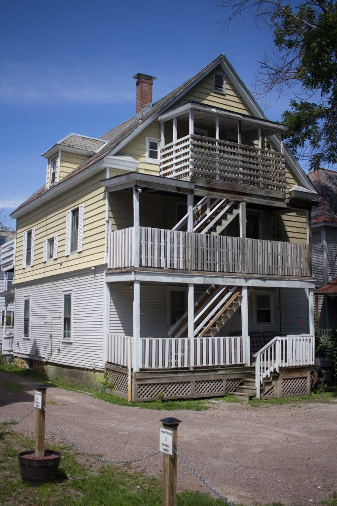 20 Green Street - Apt 3 - Burlington Apartments